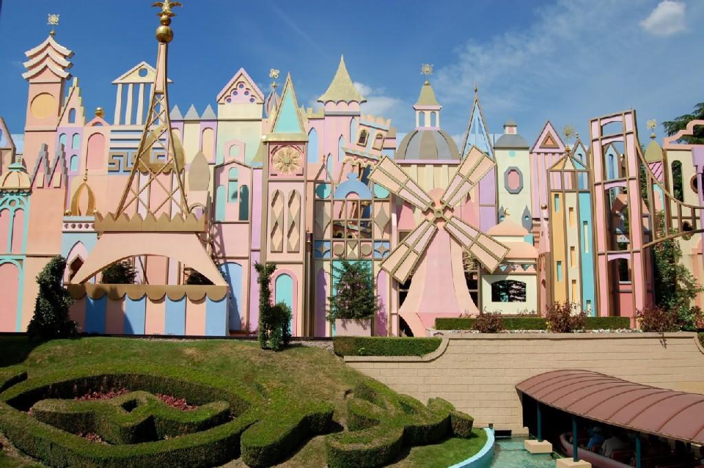 Fantasyland дисней париж