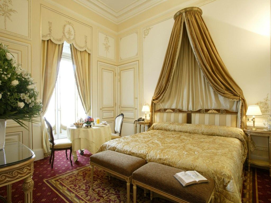 отель дю пале интерьер