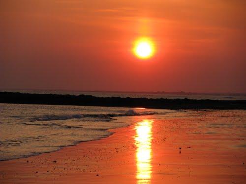 пляж Магуэро в Плуинек