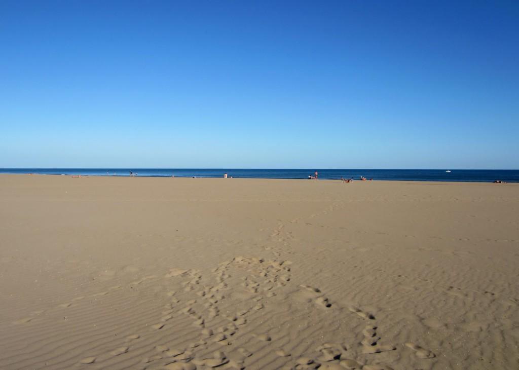 пляж Матэй Эйгвад в Грюиссан