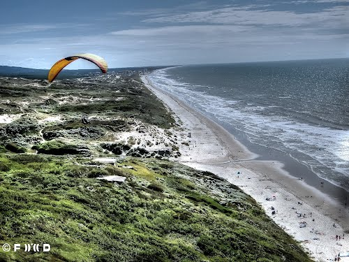 пляж Сантр в Экиан