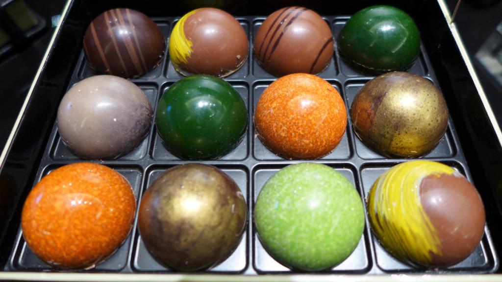 юго и виктор шоколад