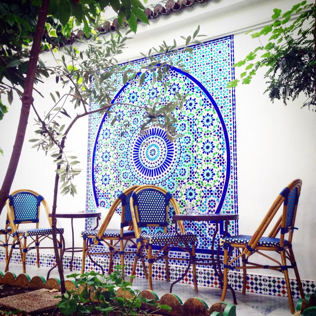 чайный салон в парижской мечети