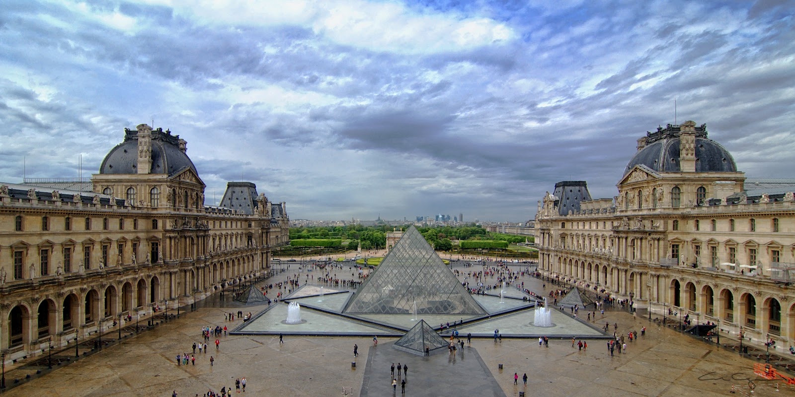 the louvre The louvre (us: / ˈ l uː v (r ə)/), or the louvre museum (french: musée du louvre [myze dy luvʁ] ( listen)), is the world's largest art museum and a historic monument in paris, france.