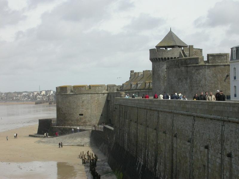 крепостная стена сен-мало